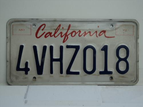 CALIFORNIA Lipstick License Plate 4VHZ018