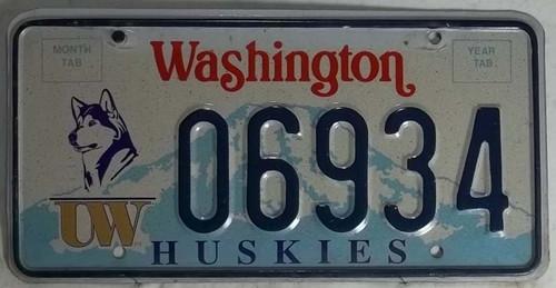 06934 Huskies Washington License Plate