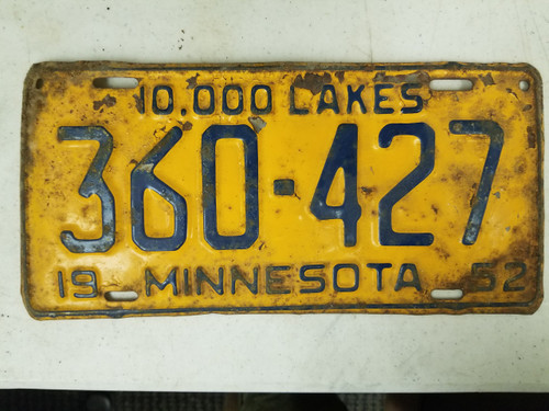 1952 Minnesota 10,000 Lakes License Plate 360-427