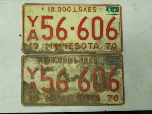 1970 Minnesota 10,000 Lakes License Plate 56-606 Pair