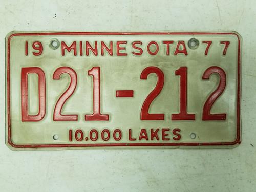 1977 Minnesota Dealer 10,000 Lakes Plate D21-212