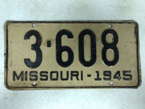 1945 MISSOURI Shorty 4 Letter Plate License Plate 3-608
