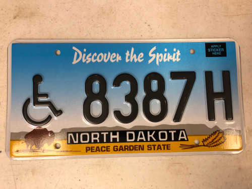 Expired NORTH DAKOTA Peace Garden State Handicapped License Plate 8387H Buffalo Wheat