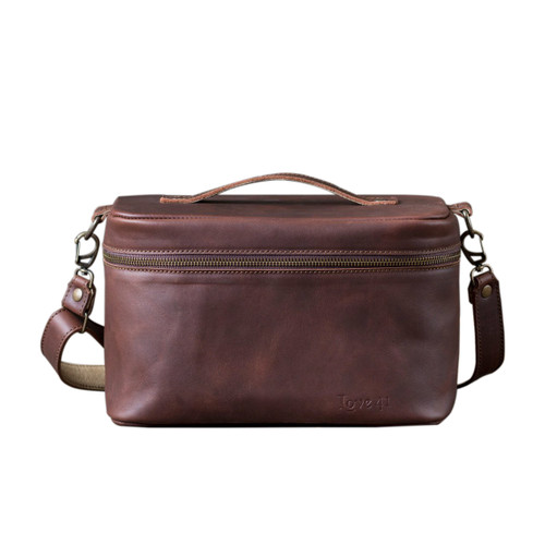 Suzette's Steals Leather Toiletry Bag