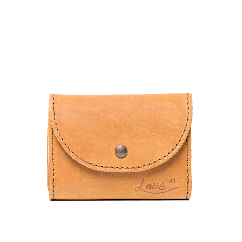 This is the front view of the light tan trifold leather wallet