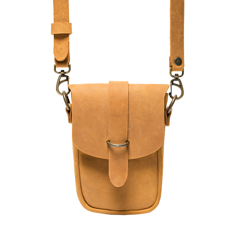 This is the front view of the light tan  Crossbody Leather Koroha pouch