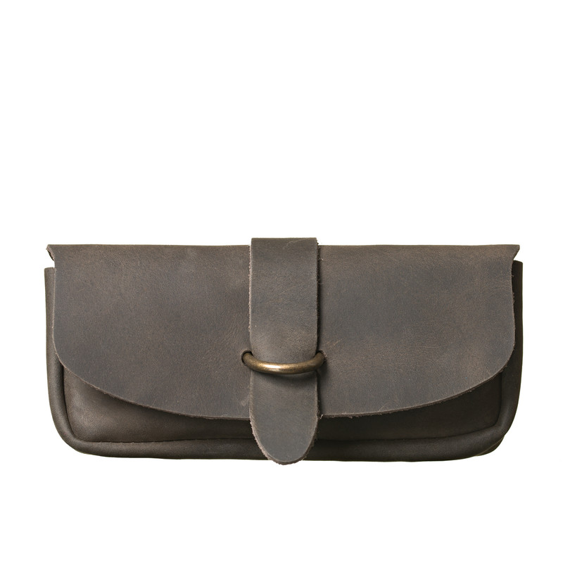 This is the front view of the Koroha leather eyeglass case in black