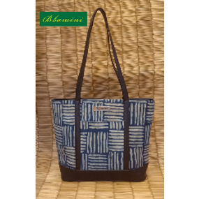 Bhamini Tote Bag with Front Pocket