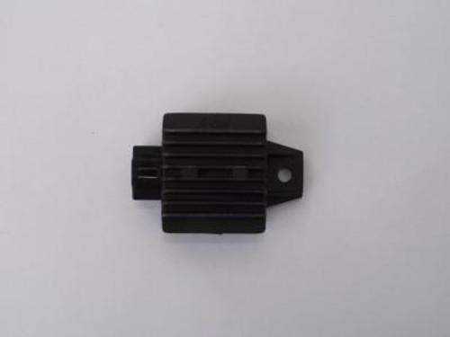 Voltage regulator / D0025