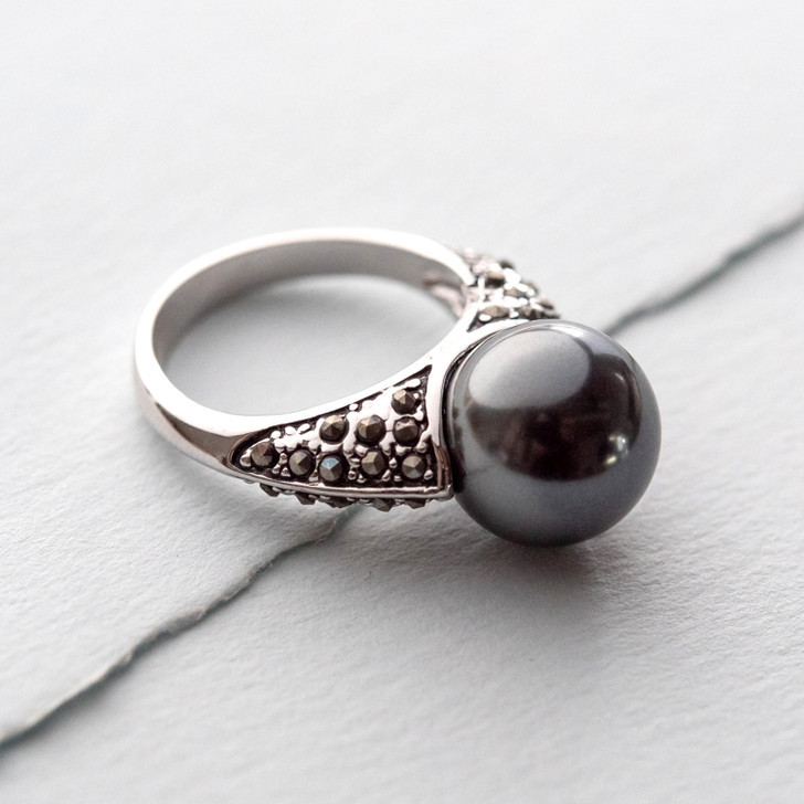 Marquisa Gray Glass Pearl Ring