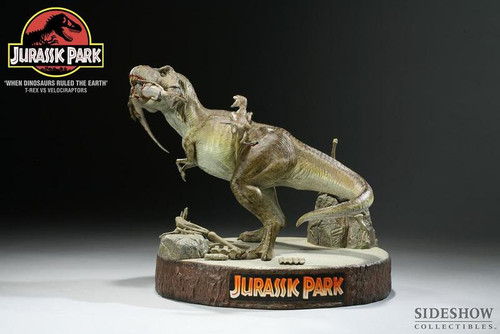"""When Dinosaurs Ruled the Earth"" Tyrannosaurus vs. Velociraptors Jurassic Park Diorama by Sideshow"