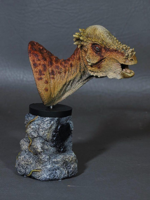 Pachycephalosaurus Bust Resin Kit by Micromania