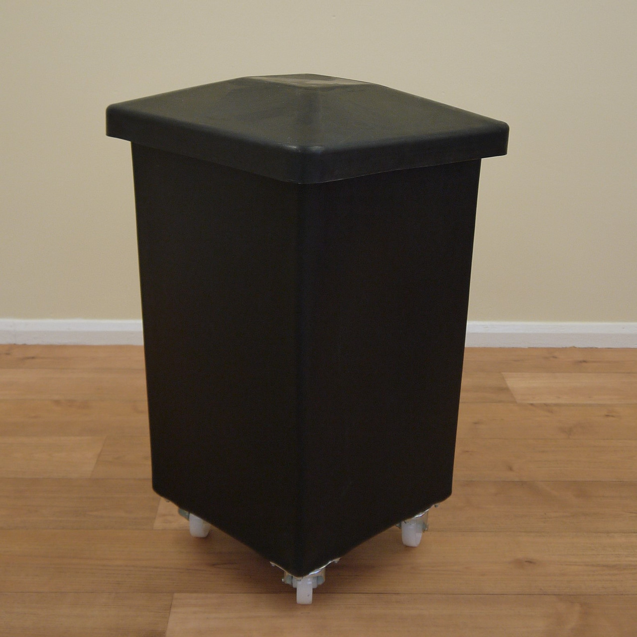 118 Litre ECO Plastic Trolley