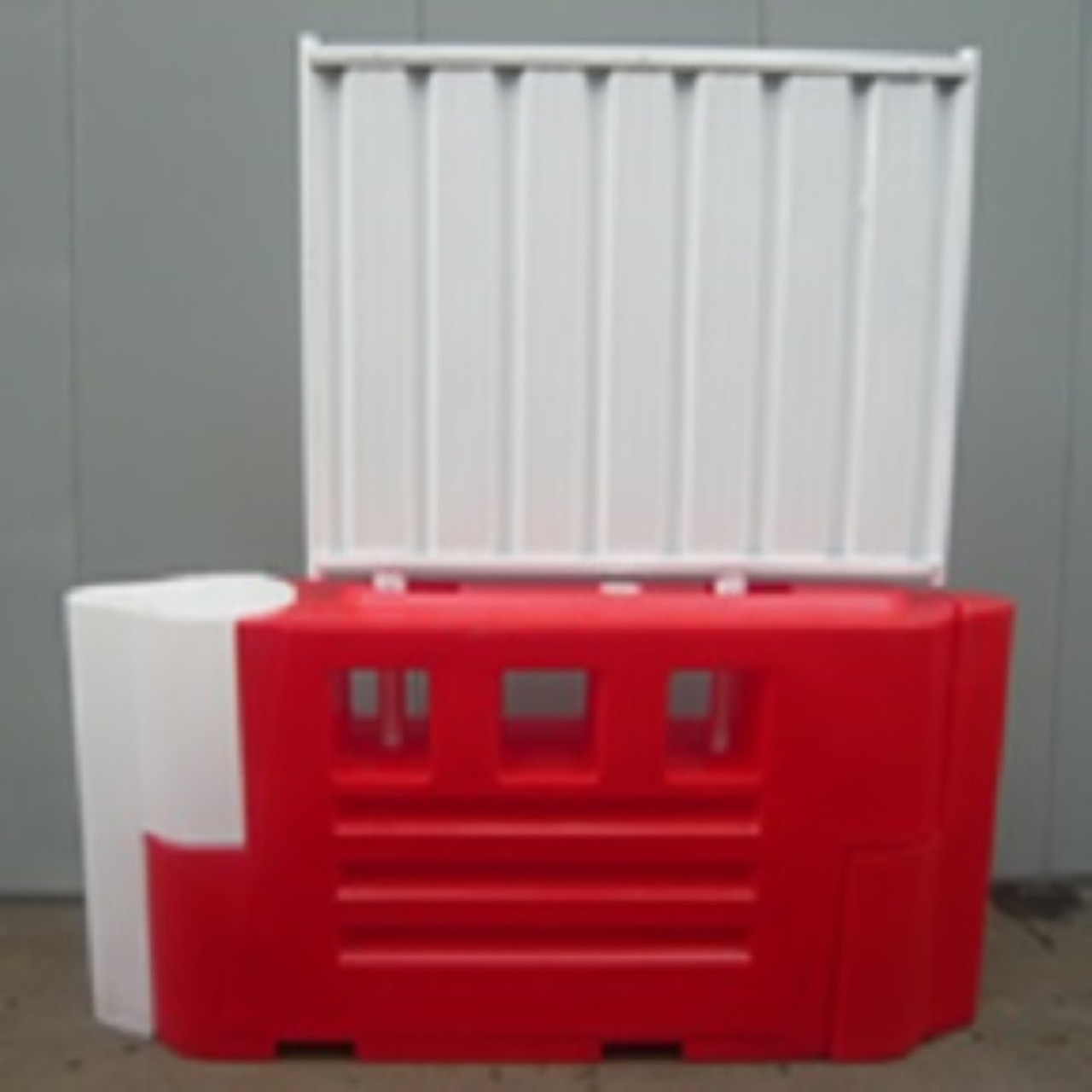 RB2000 water filled barrier solid hoarding panel