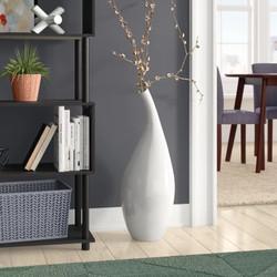 10 Eyecatching Vase Filler Ideas to Fill Up a Floor Vase