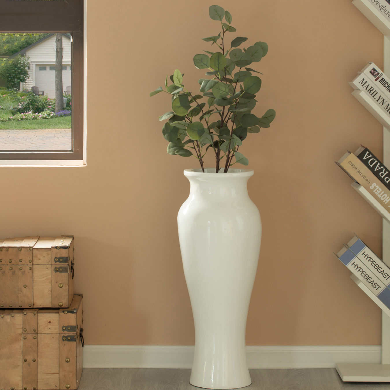 A blog about tall floor vases and ideas on how to highlight and enhance your décor with tall floor vases.