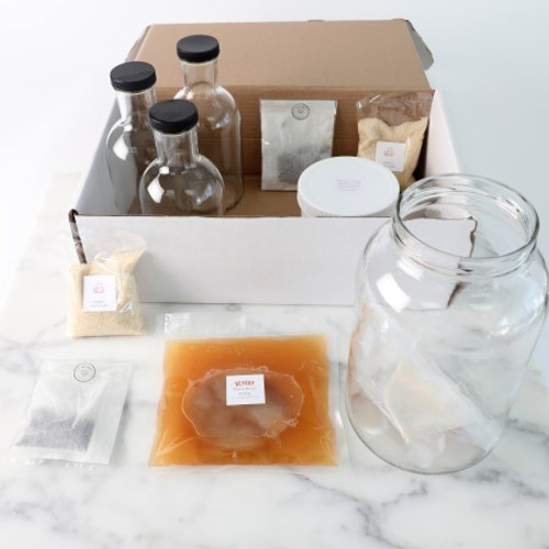 The Heyday Black Brew kit comes with everything you need to make your first two batches of traditional kombucha