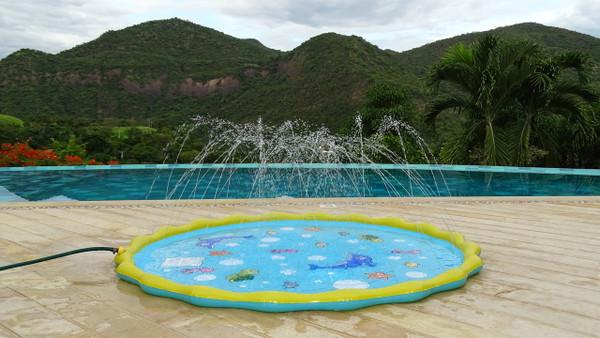 Sprinkle & Splash Party Play Mat