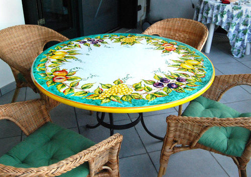 Italian pottert table made in Italy