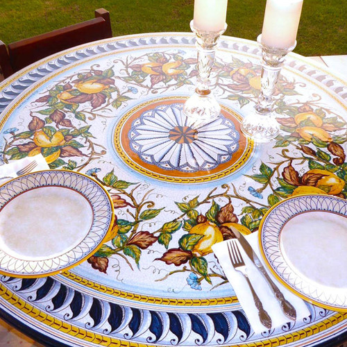 Hawaii garde table of ceramic