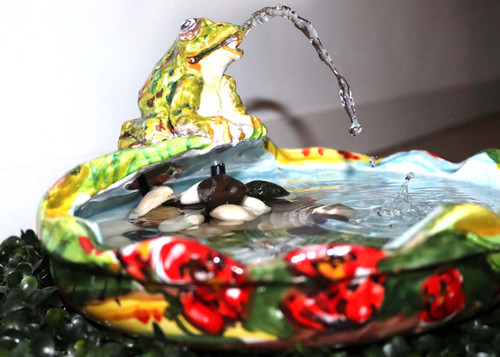 Frog-ceramics-fountain-hand-painted