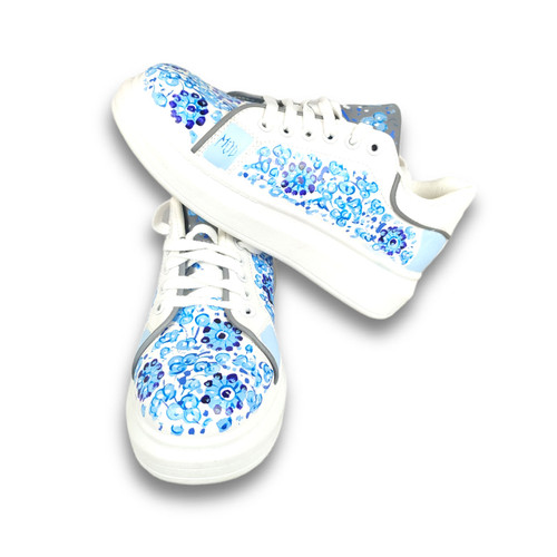 Shoes deruta decoration