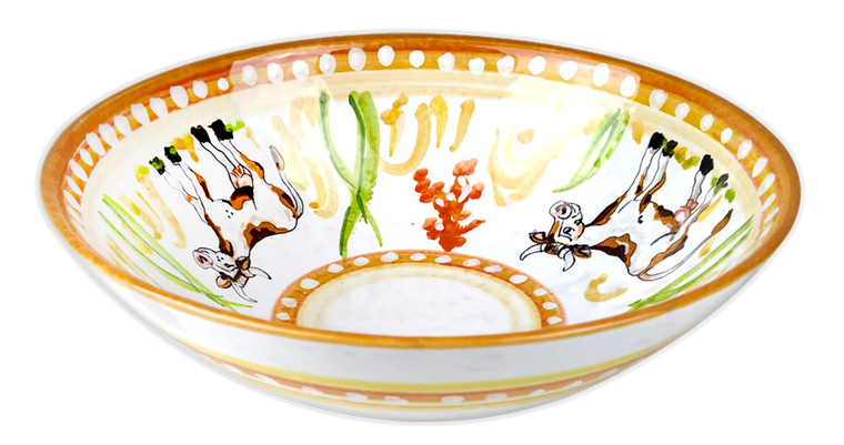 Deruta ceramics bowl with cow painted