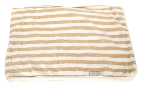 This plush striped organic snooze blanket with jersey backing is simply heavenly. Dimensions: 75cm x 100cm