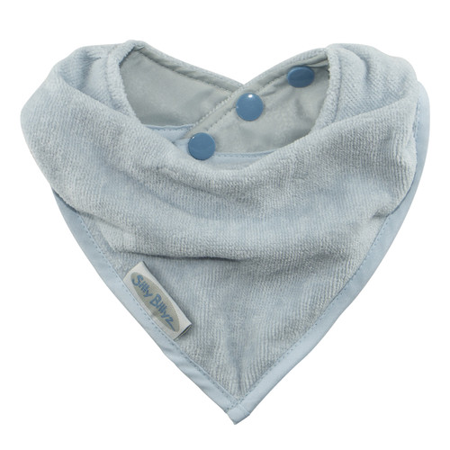 An essential item for teething tots, Neckline sits neatly against your baby's chest and has a triple pop stud closure.