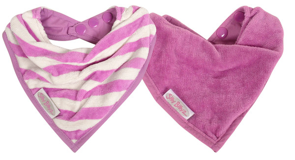 This cool little Organic Bandana is water resistant, so it's ideal for dribbly bubs, who need to wear a bib most of the day. Dimensions: 18cm x 20cm