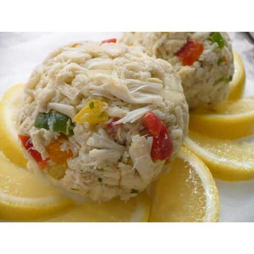 Two Lump Crab Cakes (14 Oz. Avg) Wholey's