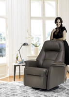 Stockholm Motorized Fjords Recliner With Lady