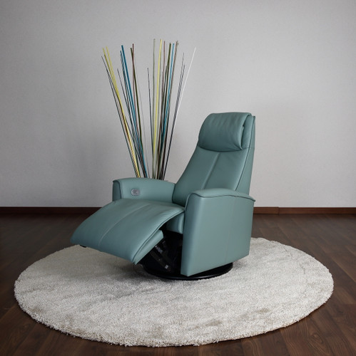 Fjords Urban Motorized Recliner Room Shot