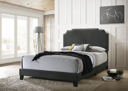 Tamarac Upholstered Bed - Grey - Tamarac Upholstered Nailhead Full Bed Grey