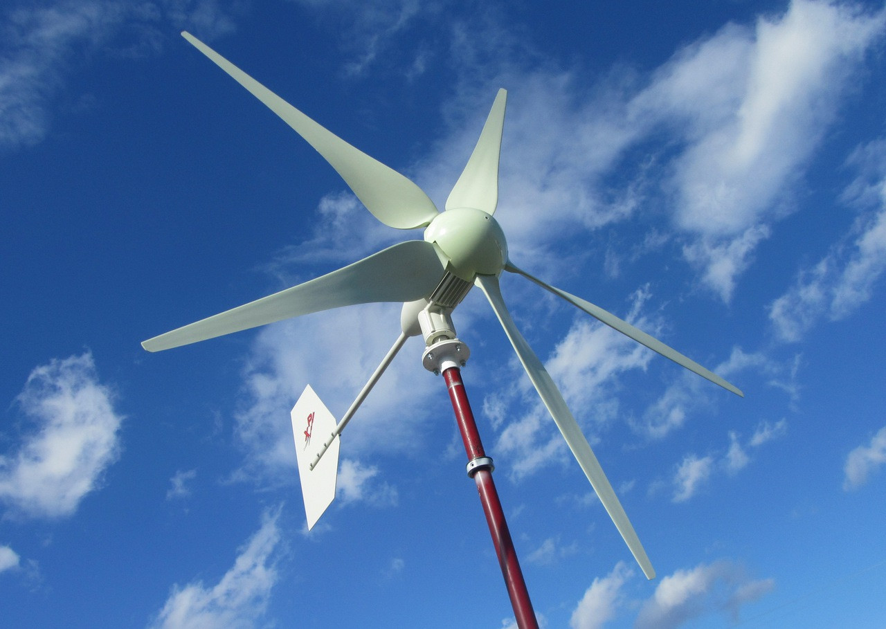 Hurricane XP Wind Turbine Generator Kit 1000 Watt 24 Volt Max 1500 Watts