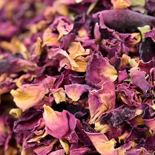 rose petals & buds, red