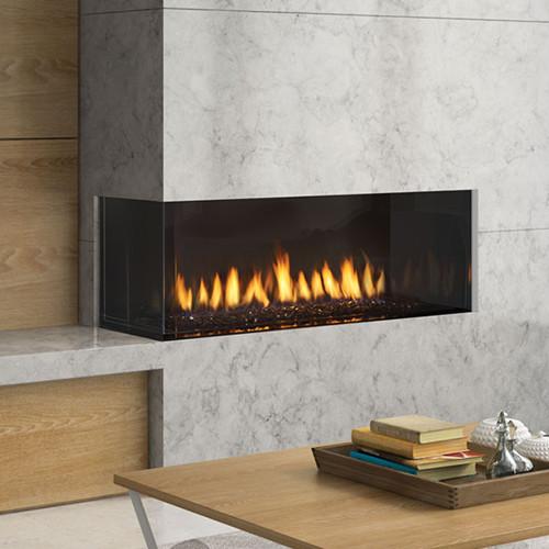 Regency® City Series™ Chicago Corner 40LE Gas Fireplace