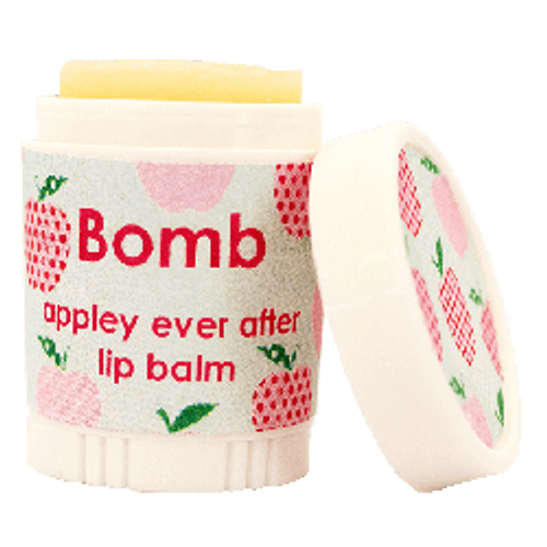 natural lip balm with moisturising oils