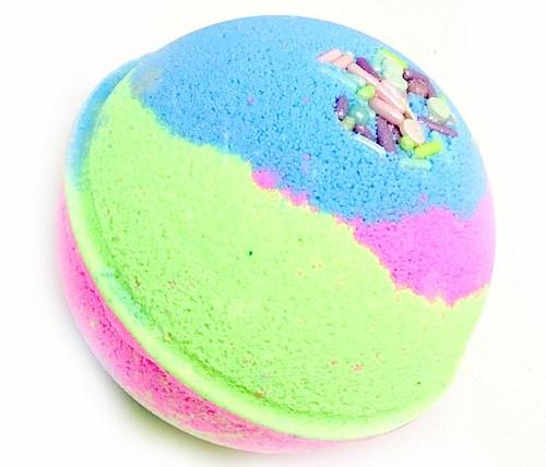 Fun and fizzy bath bomb. Always Made in Australia.