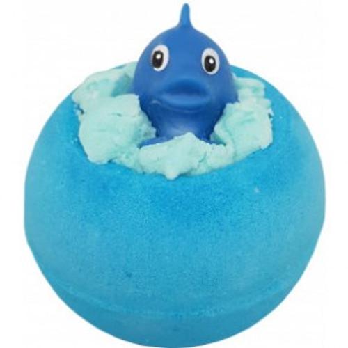 bath bomb, fizzy bath bomb, moisturising bath bomb, handmade using essential oils and vegan friendly, toy bomb
