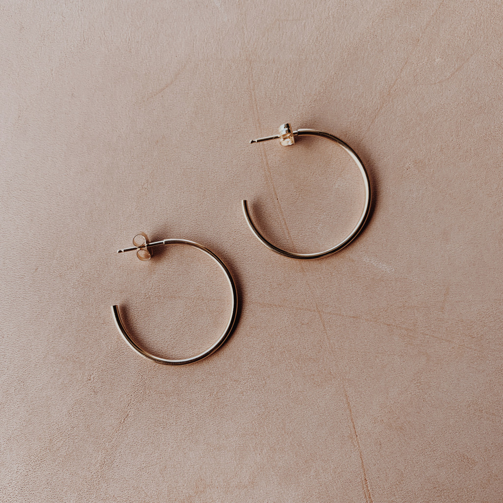 Maya Brenner : Large Hoop Earrings