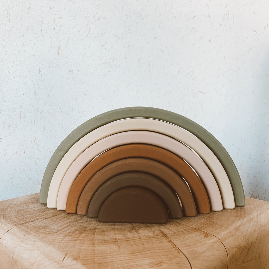 Sabo : Wooden Rainbow Toy in Olive
