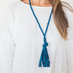 Cathy Callahan : Linen Knot Necklace