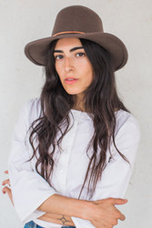 Brookes Boswell : Canna Hat