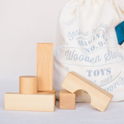 Wooden Story : Natural Blocks in a Bag