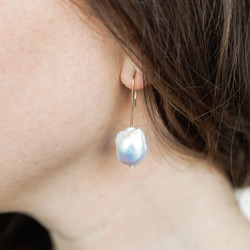 Beatrice Valenzuela : White Baroque Pearl Earrings