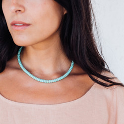Navajo : Hand Honed Turquoise Beaded Necklace