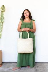 Luz : Palm Strap Bag