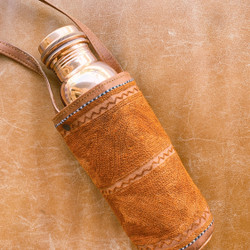 Tamra : Embroidered Leather Bottle Carrier