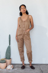 Jungmaven : Button Front Jumper in Coyote